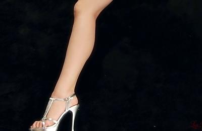 foot fetish,legs,saori hirako,sexy japanese,