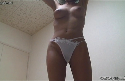 bikini,hidden cams,voyeur,