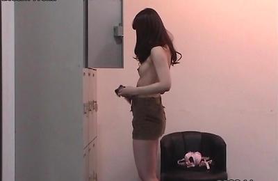 hidden cams,slender,voyeur,