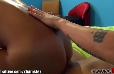 amateur,big tits,sunburnt skin,