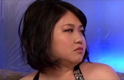 big tits,blowjobs,chubby,threesome,