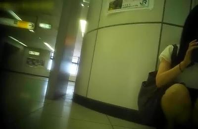 hidden cams,skirt,teenager,