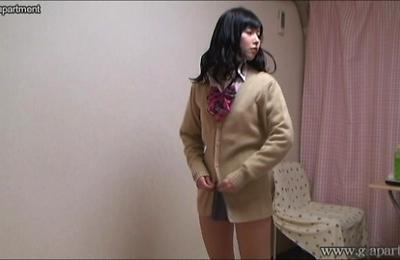hidden cams,uniform,uniforms,upskirts,voyeur,yurina,